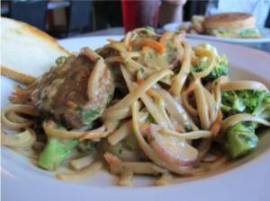 linguine-with-veggies-seitan